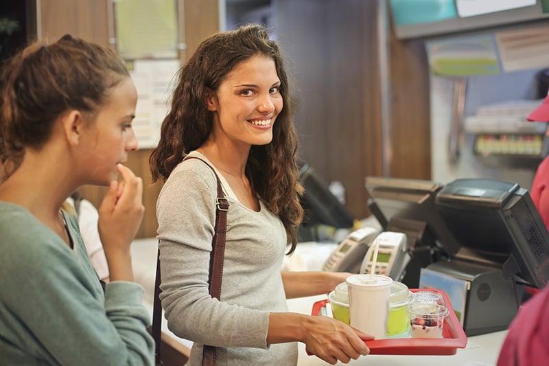 girl-in-fast-food-restaurant